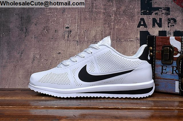 new product 163dc 1d1af Mens   Womens Nike Cortez Ultra Moire White Black Trainer
