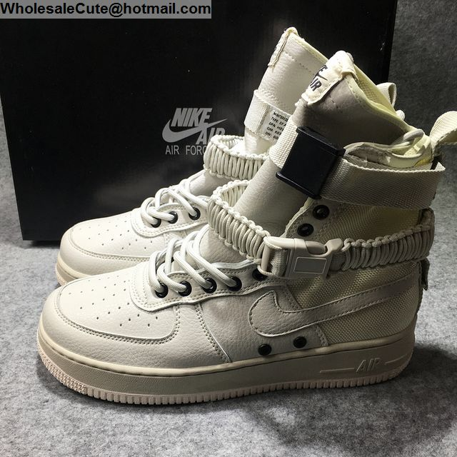 Nike Special Field Air Force 1 Beige