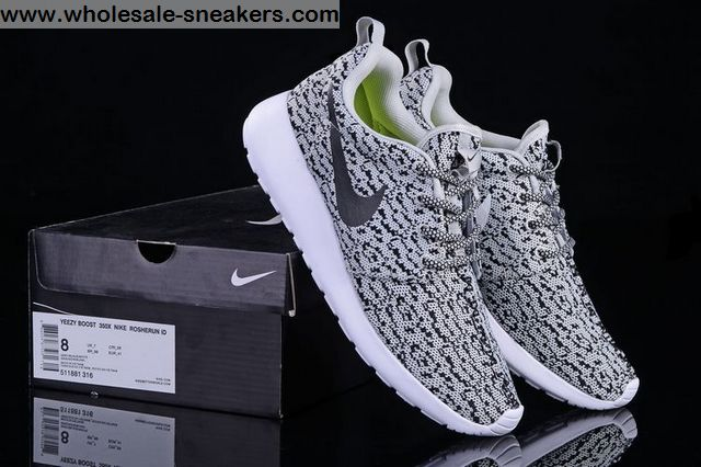 Yeezy Boost 350 Nike Roshe Run