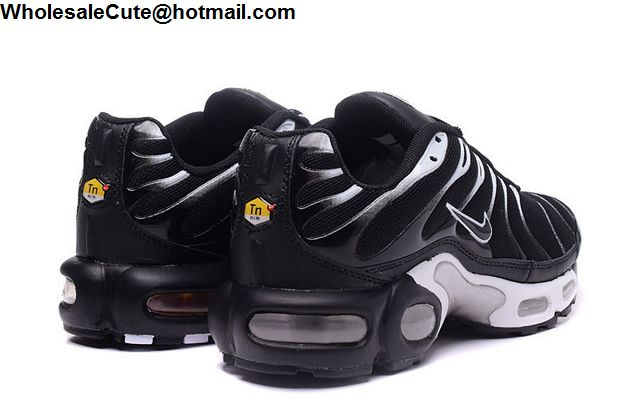 Nike Air Max TN Black White