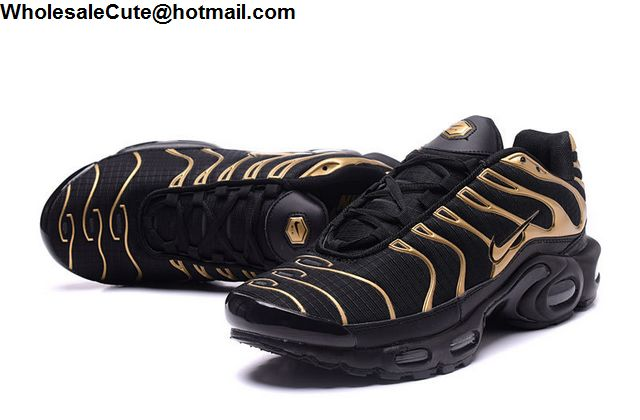 Nike Air Max Plus Black Gold