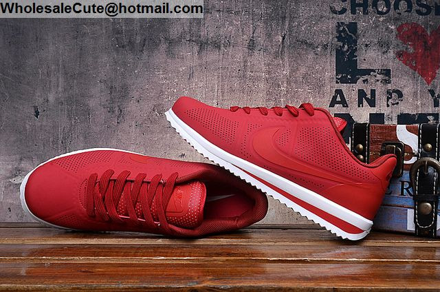 Nike Cortez Ultra Moire Red